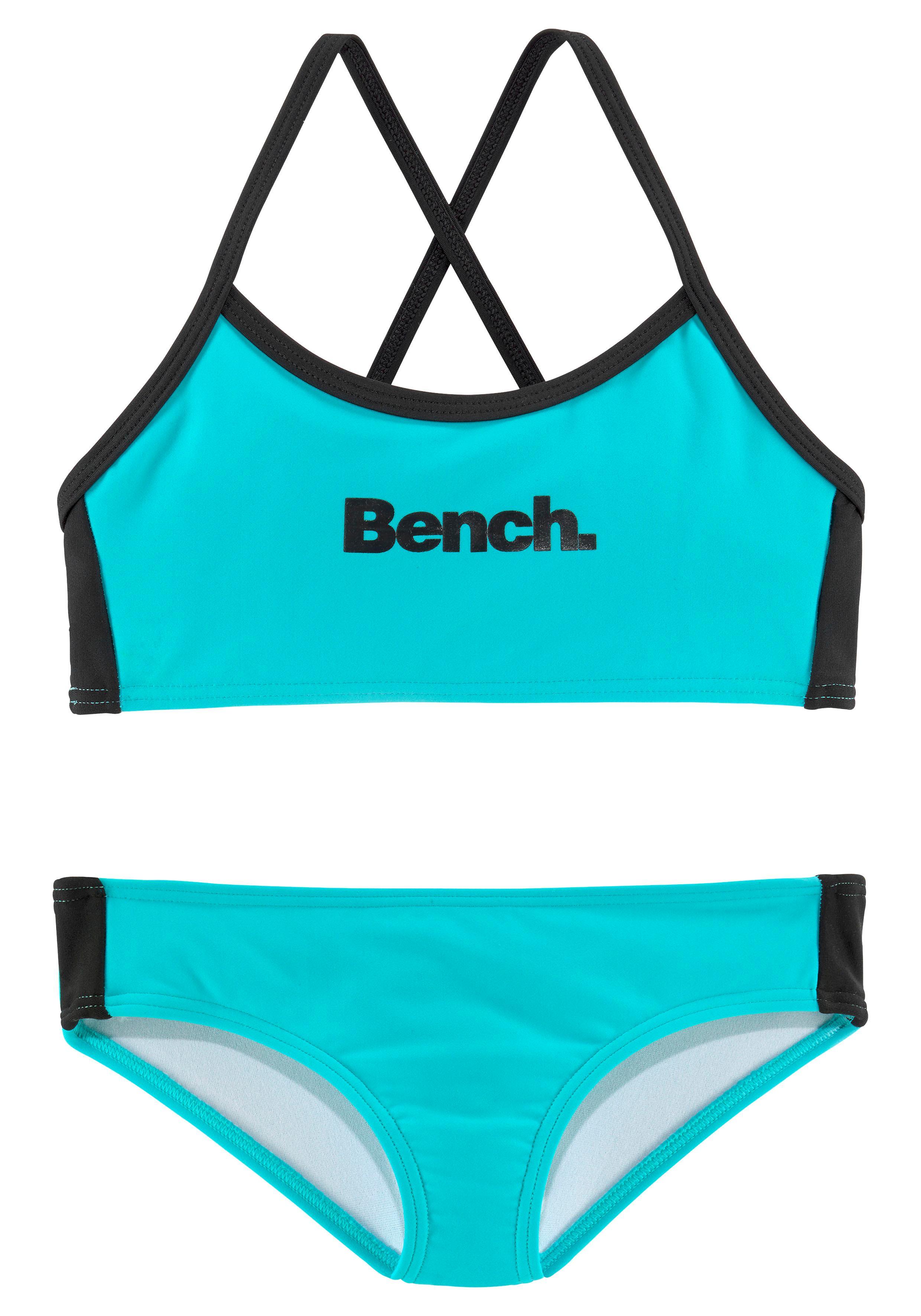 Bench. Bustier-Bikini