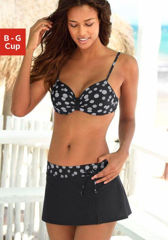 LASCANA Bügel-Bikini mit einer schlichten Schlaufe zwischen den Cups