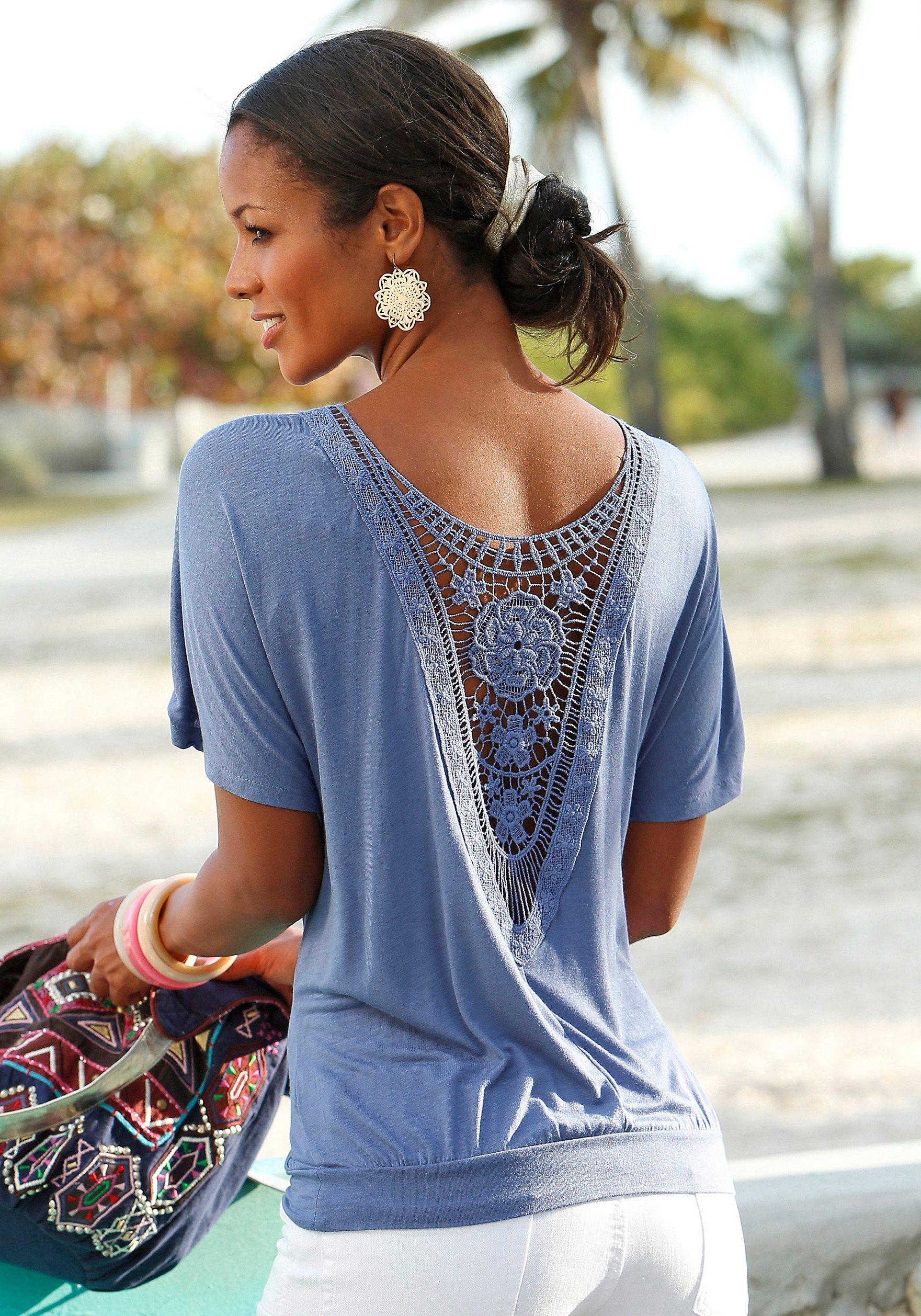 LASCANA Shirt mit Häkeleinsatz am Rücken