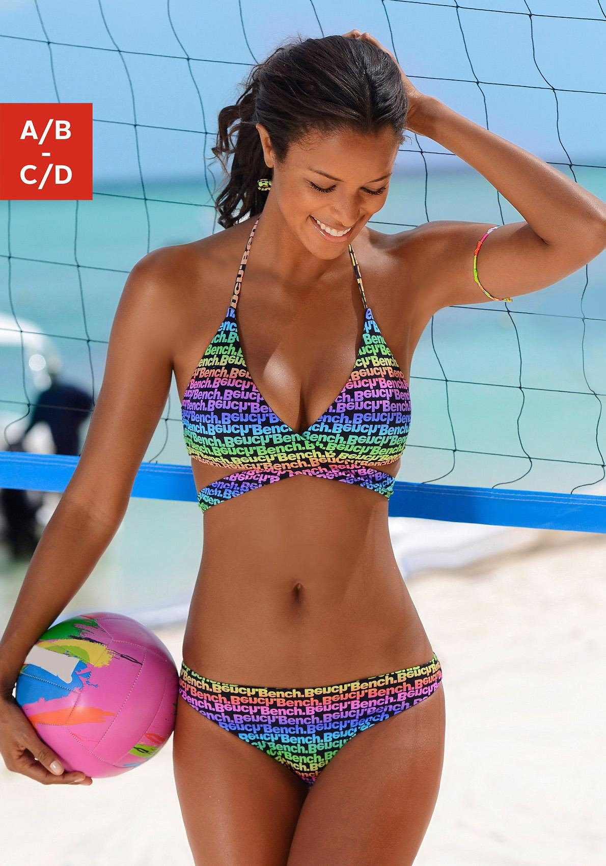 Bench. Triangel-Bikini in modischer Wickel-Optik
