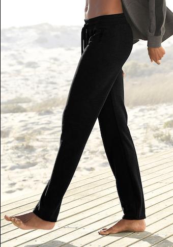 Bench. Sweathose, mit Seitenstreifen und geradem Bein